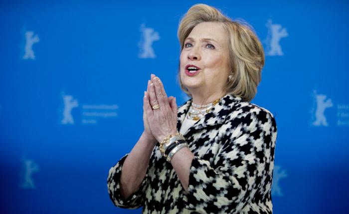 """Hillary Clinton:   """"Los servicios secretos rusos aún trabajan para Trump"""""""