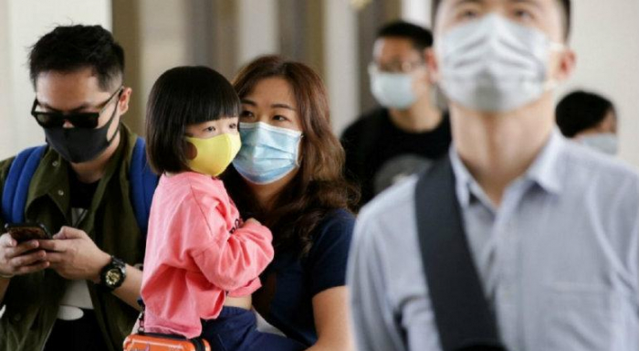 Llegan a 2,715 muertos por coronavirus en China