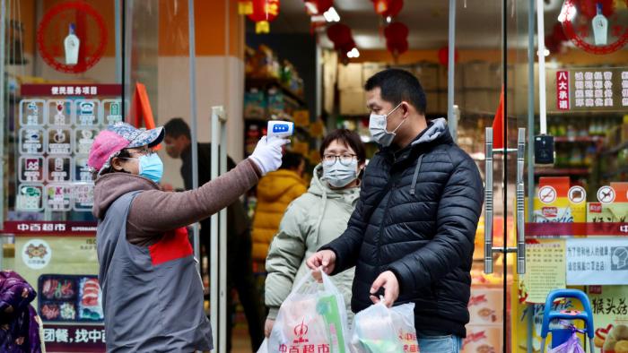 Cómo protegerse del nuevo coronavirus, que afecta a más de 30 países
