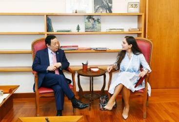 Vicepresidenta de la Fundación Heydar Aliyev se reúne con el director general de la FAO en Roma