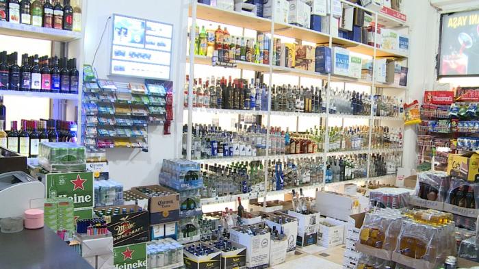 Bakıda mağaza müdiri tutuldu - FOTO