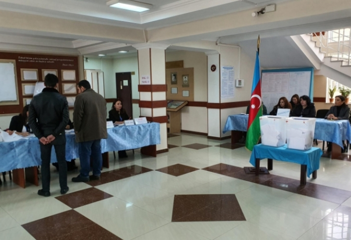 Voters active at polling stations of Narimanov election constituency #19