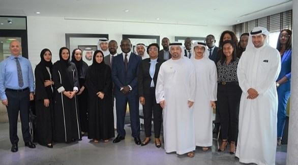 وفد سنغالي يبحث إجراءات إنشاء مركز محمد بن زايد للابتكار في دكار