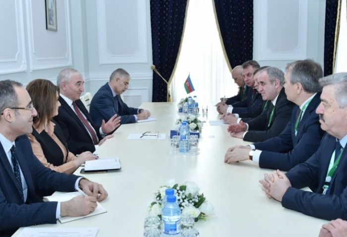 Head of Azerbaijan CEC meets with Russian delegation