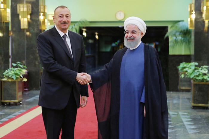 Präsident Ilham Aliyev besucht den Iran
