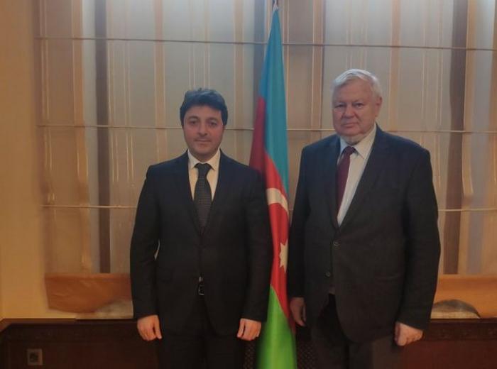 رئيس الجالية الأذربيجانية في منطقة ناغورنو كاراباخ يلتقي بكاسبرشيك