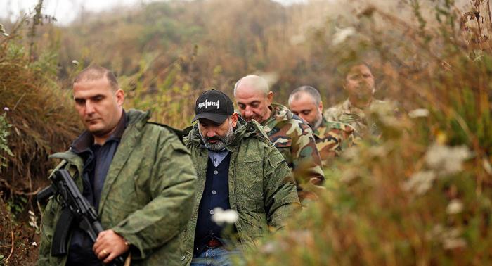"""Paşinyan separatçı """"komandiri"""" və generalı istefaya göndərir"""