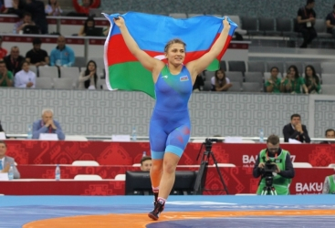 Luchadora azerbaiyana en la final del Campeonato de Europa