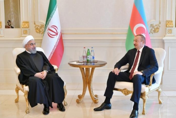 Ilham Aliyev gratuliert seinem iranischen Amtskollegen