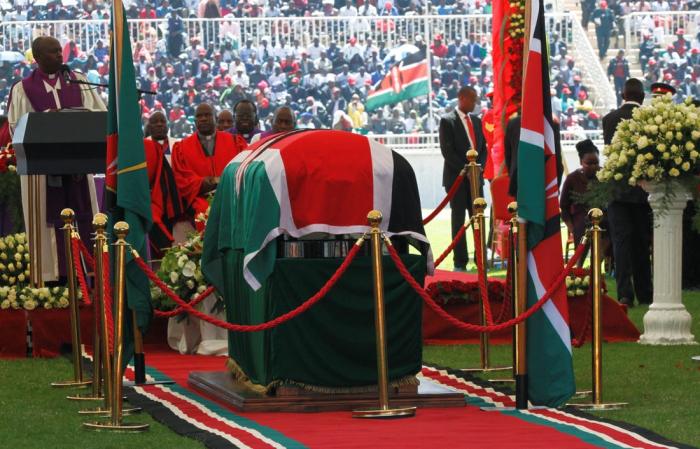 Thousands gather to bid farewell to Kenya