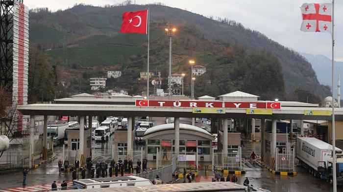Azərbaycan vətəndaşı Gürcüstanda narkotiklə tutuldu