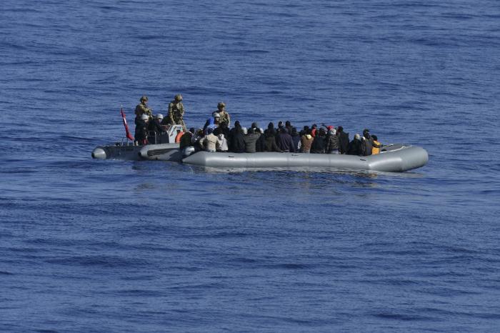 Coast guard catches and returns 81 migrants off Libyan coast