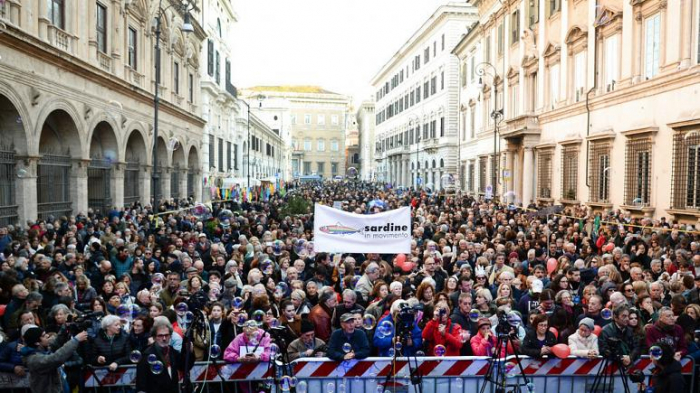 Thousands take part in