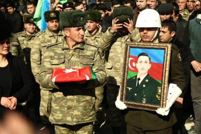 Şəhid hərbi qulluqçumuz dəfn edildi - FOTOLAR