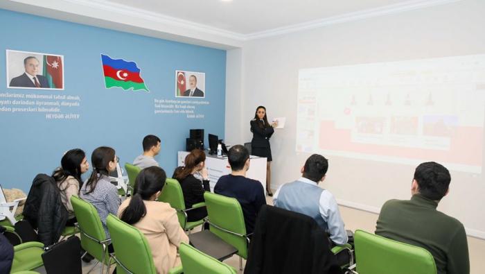 """""""Miqrasiya məktəbi-2"""" layihəsi çərçivəsində təlim keçirilib - FOTO"""