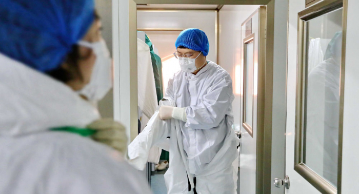 """الصين تعلن إنتاج أول دواء محتمل لمكافحة فيروس """"كورونا"""""""