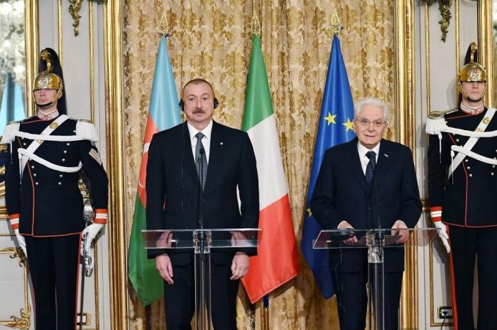"""Ilham Aliyev:   """" Italia es el socio importante de Azerbaiyán en el comercio y la exportación"""""""
