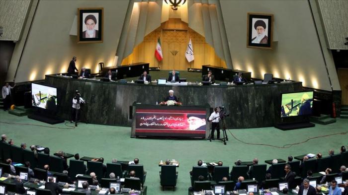 İranda daha 4 deputat koronavirusa yoluxub
