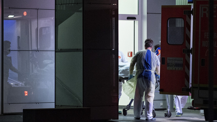 Almaniyada koronavirusa yoluxanların sayı artıb