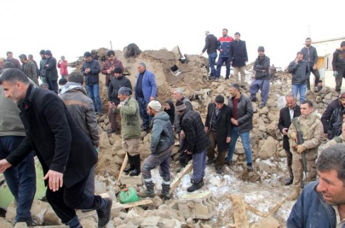 İrandakı zəlzələdə 75 nəfər xəsarət alıb - YENİLƏNİB