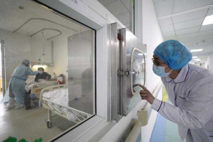 Coronavirus: Le bilan en Chine porté à 1.523 morts, près de 66.500 cas