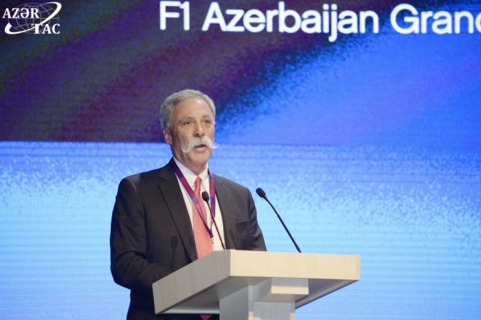 """Chase Carey: """"Azerbaiyán celebra carreras de Fórmula 1 a un alto nivel"""""""