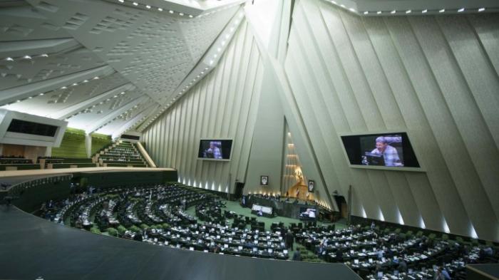 Iran-   Parlamentswahlen unter dem Eindruck der Wirtschaftskrise