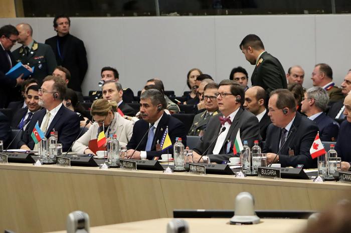 Müdafiə naziri NATO-nun toplantısında - FOTOLAR