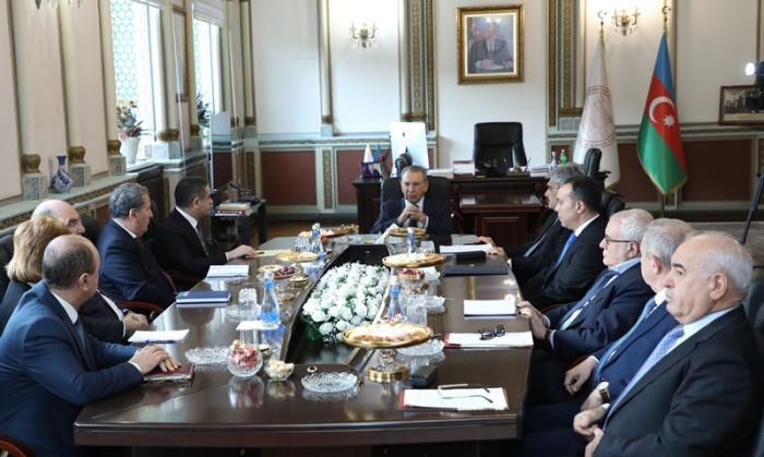 Ramiz Mehdiyev dövlət rəsmiləri ilə görüş keçirdi