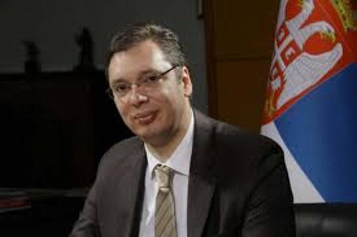 El Presidente de Serbia Aleksandar Vučić ha felicitado al Presidente Ilham Aliyev