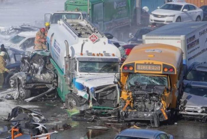 200 avtomobil toqquşdu, 69 nəfər yaralandı