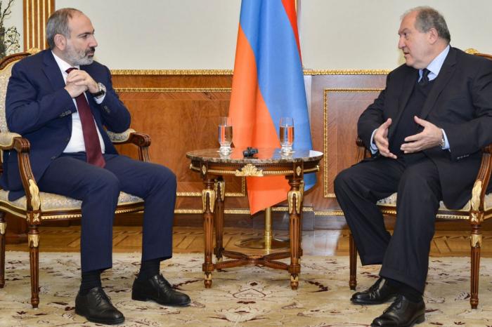 Ermənistan ordusunun daha 2 vəzifəli şəxsi işdən çıxarılır