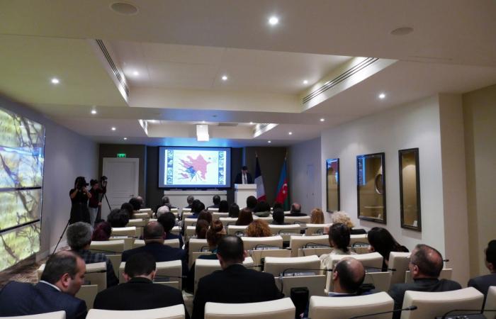 Se celebró en París una conferencia sobre el problema de los cautivos, rehenes y personas desaparecidas en el conflicto de Karabaj