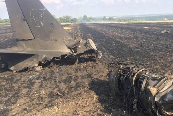 Spanish pilot killed in military jet crash into sea