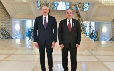 الرئيس الهام علييف يلتقي بجاويش اوغلو