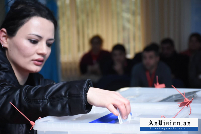 Azerbaijani citizens voting in parliamentary elections -   PHOTOS