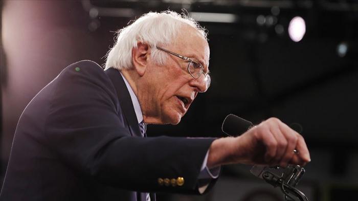 Sanders ilkin seçkilərdə qalib gəldi