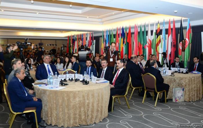 Int'l Volunteers Forum of Islamic Countries held in Baku