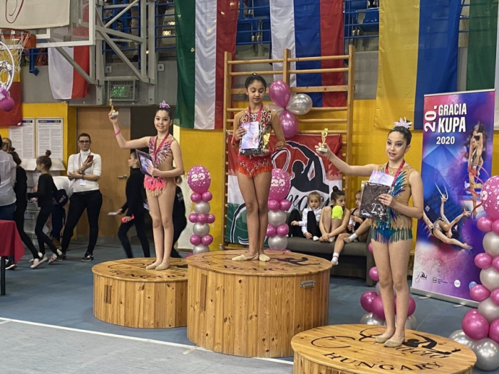 Azerbaijani twin sisters win silver and bronze medals in first international appearance