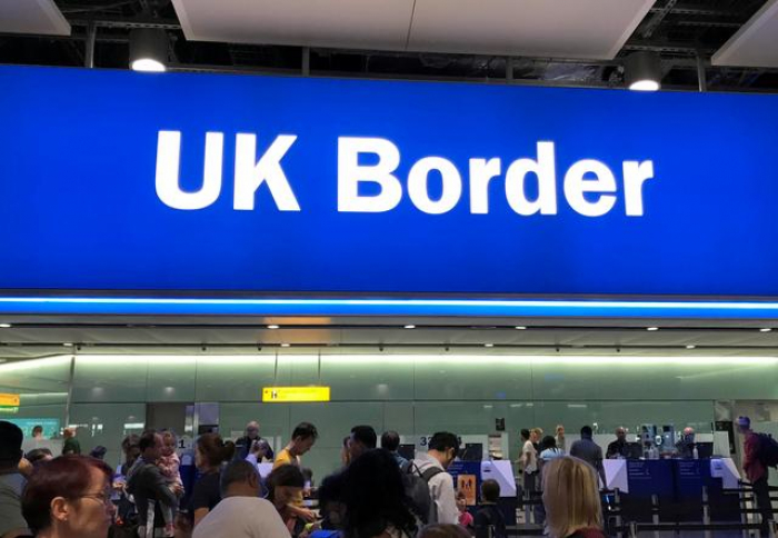 About 500,000 EU citizens yet to apply for UK residency after Brexit