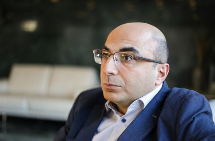 """""""Əliyev öz təcrübəsi sayəsində debatda qalib gəldi"""" -  Erməni analitik"""