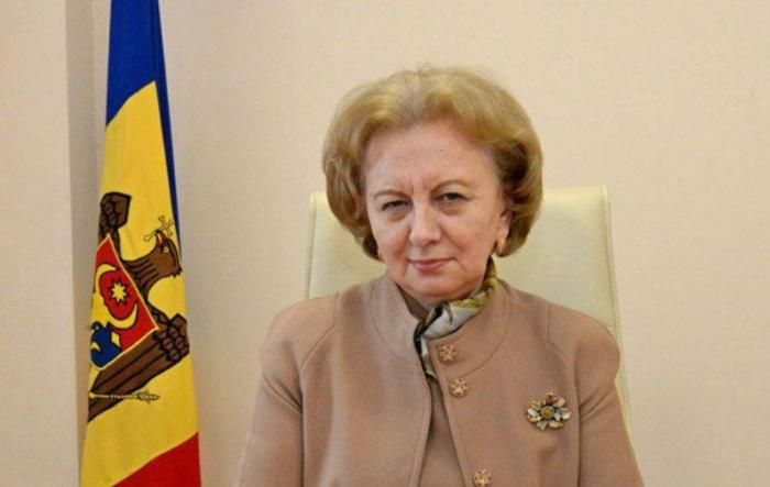Moldova parlamentinin sədri Prezidenti təbrik edib