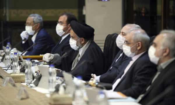 Iran to pardon 10,000 including 'security' prisoners