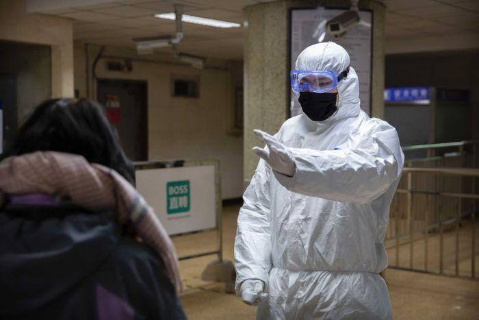ÜST: Koronavirusdan ölənlərin sayı 21 mini keçib