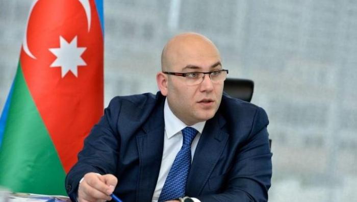 """BNA rəhbəri parklarda gəzənlərə səsləndi: """"Bayram tətili deyil, sosial izolyasiyadır"""" - VİDEO"""