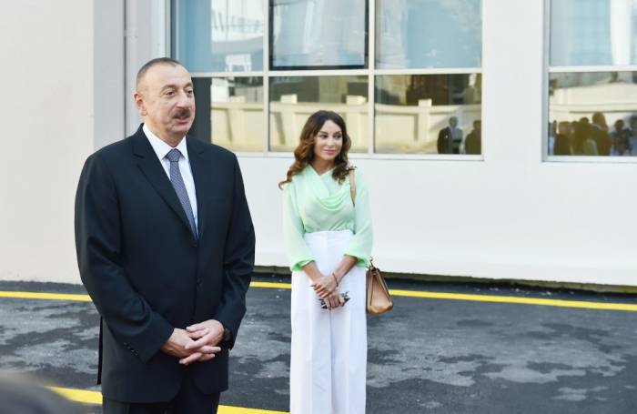 Azerbaijani president, first lady attend opening of Hovsan residential complex