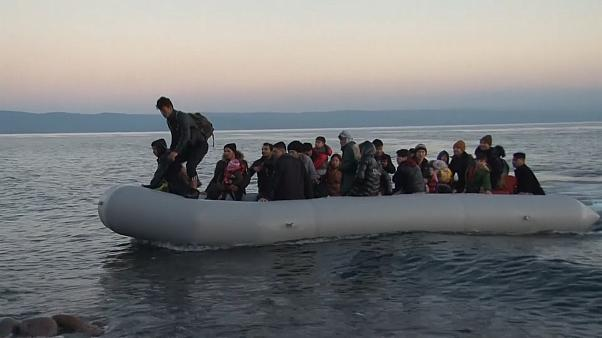 Migrants arrive on Lesbos with others blocked at land border -  NO COMMENT