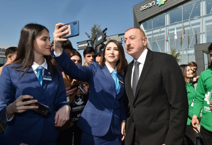 Prezidentin Tovuzda ASAN könüllüləri ilə görüşündən FOTOLAR