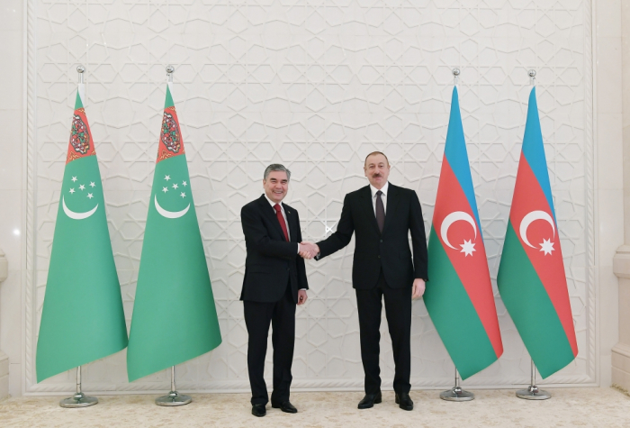Official welcome ceremonyheld for Turkmen president in Baku