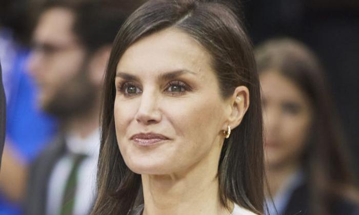 Spanish Queen to remain in quarantine despite testing negative for COVID-19